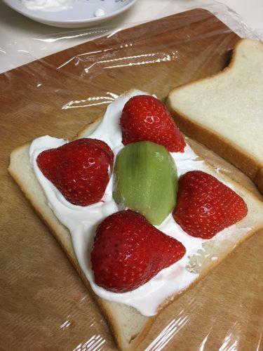 fruts-sandwich